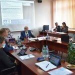Zdjęcie przedstawia obrady Rady Powiatu w Policach
