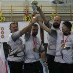 Zawodnicy klubu Defmar Police podczas zawodów w Wilkowicach