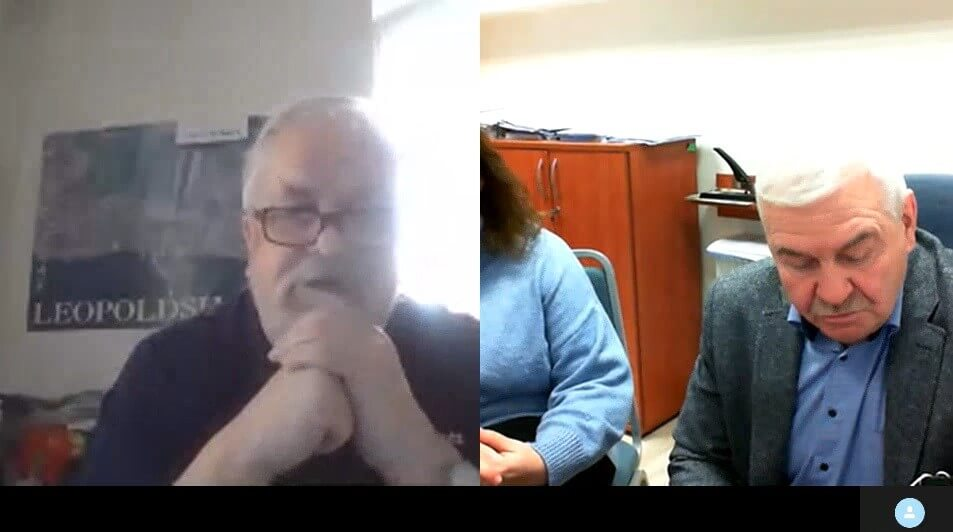 Z lewej przedstawiciel Powiatu Vorpommern-Greifswald Werner Hackbart z prawej Andrzej Podlecki Naczelnik Wydziału Bezpieczeństwa i Zarządzania Kryzysowego Starostwa Powiatowego w Policach