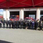 Zdjęcie grupowe podczas obchodów Dnia Strażaka