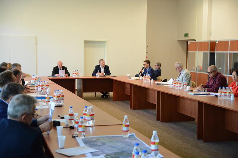 Uczestnicy 23 Forum Samorządowego Powiatu Polickiego